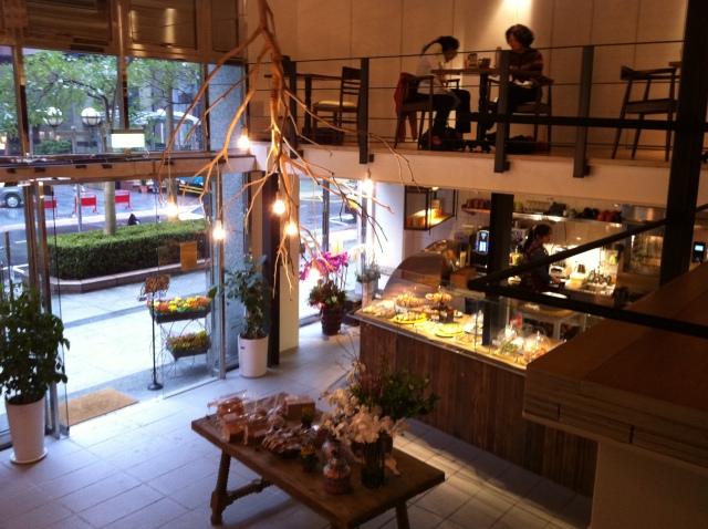 alan's cafe 016