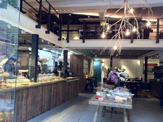 alan's cafe 033