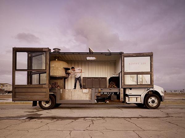 del-popolo-mobile-pizzeria-truck-1